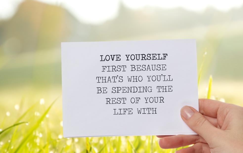 Het verschil tussen zelfzorg en zelfliefde